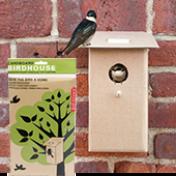 Cardboard Birdhouse - Casa de Papelão para Pássaros