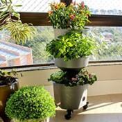 Horta Vertical Auto Irrigável - Verde Vida - Cor Prata