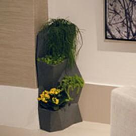 "Jardineira Vertical - Horta Vertical - Angolo - em ""L"" - Cor Grafite"